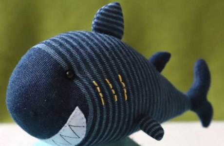 Sewing tutorial: Shark sock softie