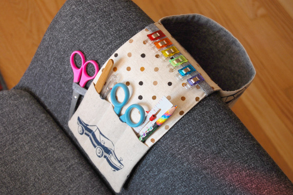 Sewing tutorial: Couch tool caddy and thread catcher