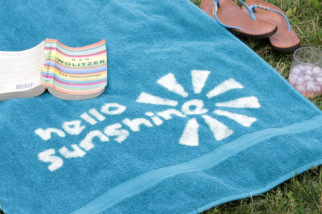 Tutorial: Custom bleach design beach towels