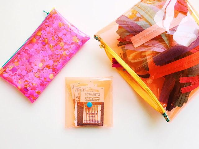 Sewing tutorial: Quick vinyl needle case or ear bud pouch