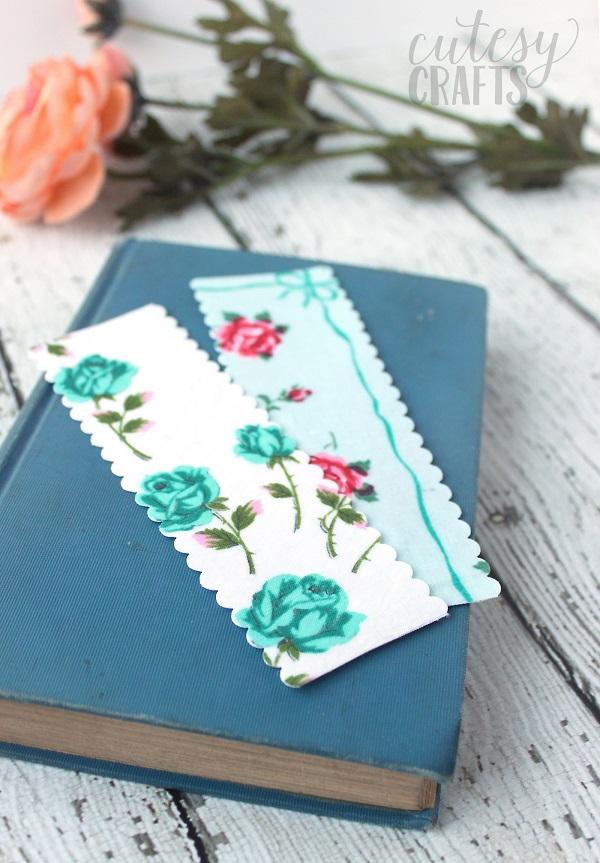 Tutorial: No-sew vintage handkerchief bookmarks