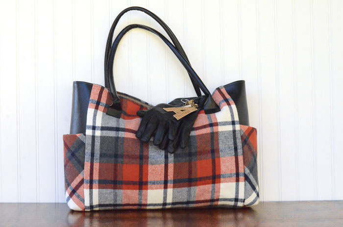 Sewing tutorial: Faux leather and plaid flannel tote