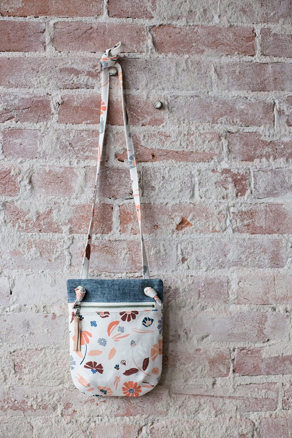 Free sewing pattern: Forage Bag in two sizes