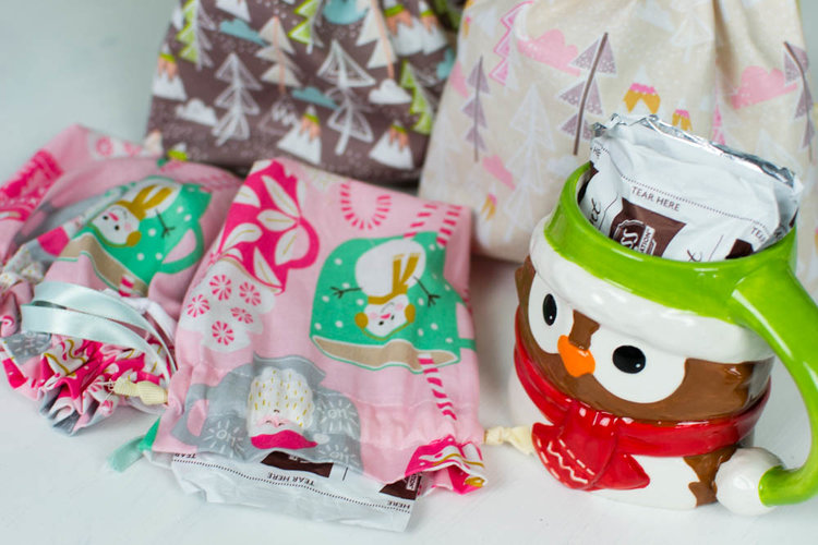Sewing tutorial: Hot cocoa gift bags