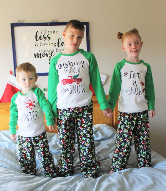 Kids Christmas Pajamas.Free Sewing Pattern Kids Christmas Pajamas Sewing