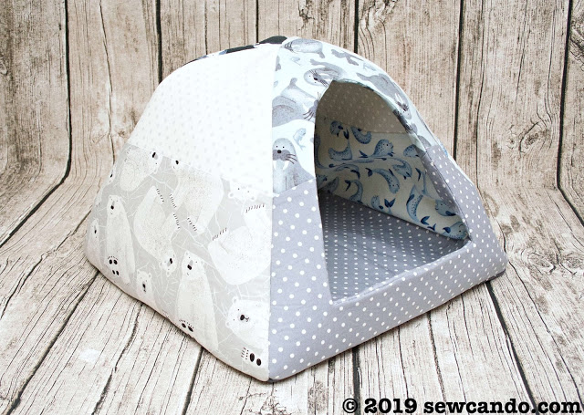 Free pattern: Fleece pet igloo for cats and small dogs