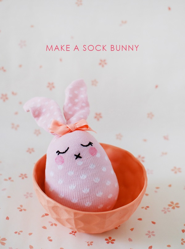 Sewing tutorial: Easy sock bunny for Easter