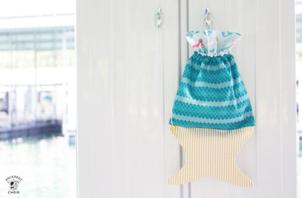 Sewing sewing pattern: Mermaid tail backpack