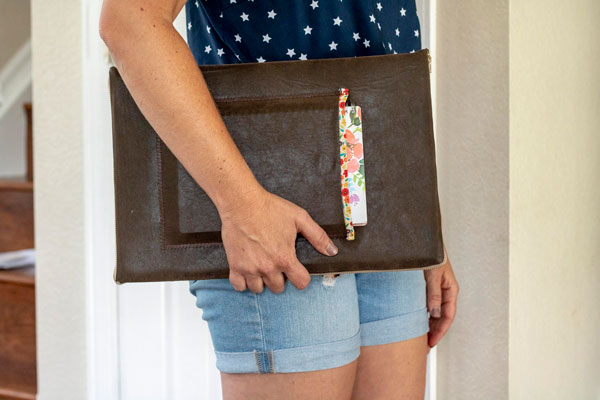 Sewing tutorial: Leather laptop sleeve