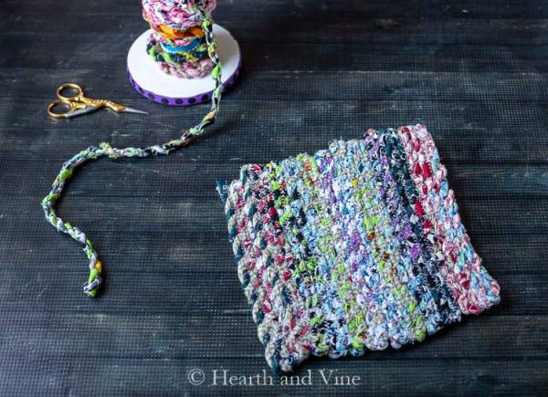 Sewing tutorial: Fabric twine potholders