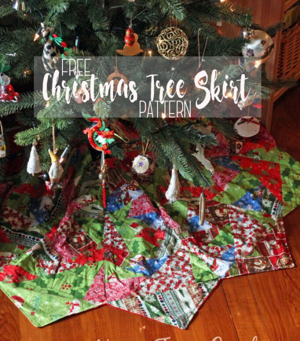 Free pattern: Paper pieced Christmas tree skirt