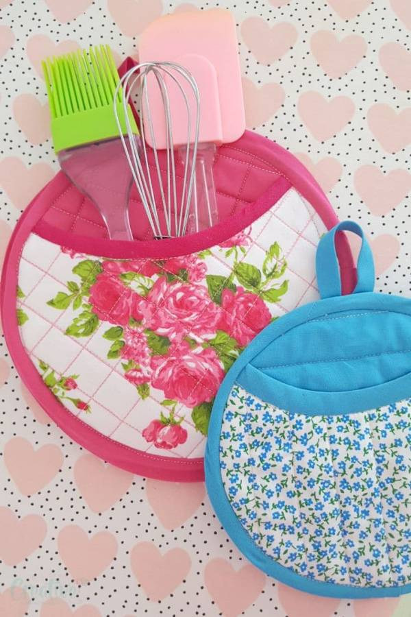 Sewing pattern: Quilted pot holders