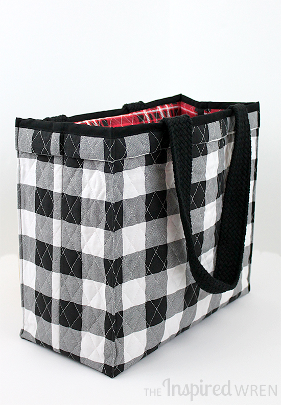 Free sewing pattern: Quick quilted tote