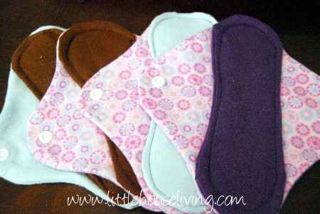 DIY sewing tutorial: Reusable period pads