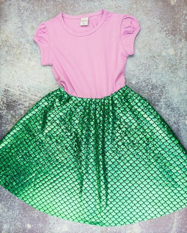 DIY sewing tutorial: Mermaid t-shirt dress