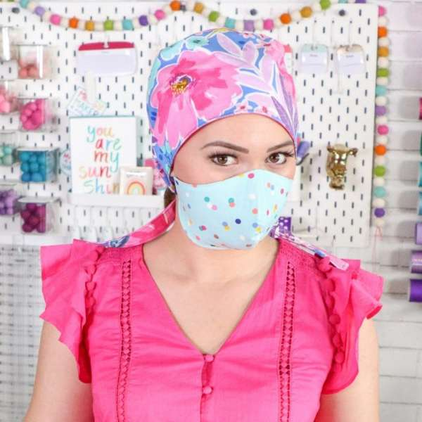Free sewing pattern: DIY scrub cap