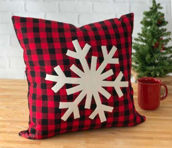 Snowflake Applique Pillow - Easy Sewing Tutorial