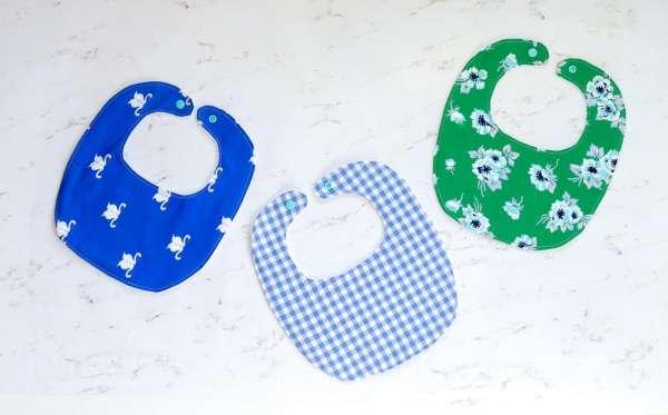 Easy Baby Bib - Free Sewing Pattern in 4 Sizes
