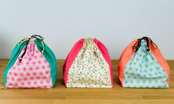 Boxy Drawstring Bag from Fat Quarters - Free Sewing Pattern