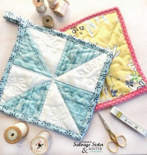 Quilted Pot Holders from Scrap Fabric - Sewing Tutorial