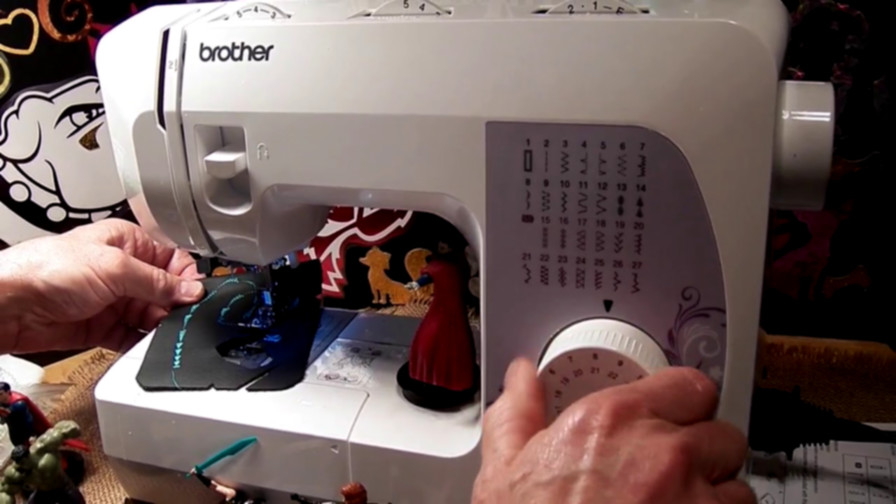 Best Heavy Duty Sewing Machines For Upholstery Guide Reviews