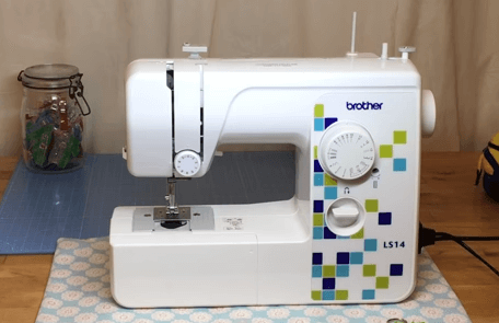 Brother ls14 Metal Chassis Sewing Machine Review sewingmachineopinions 1