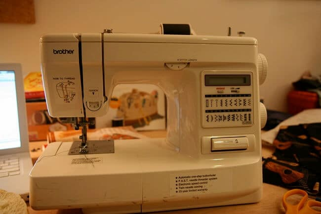 How Do Computerized Sewing Machines Work Unique How Does The Sewing Machine Work