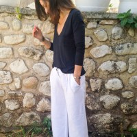 Slouchy white linen pants and thoughts on the online sewing world.