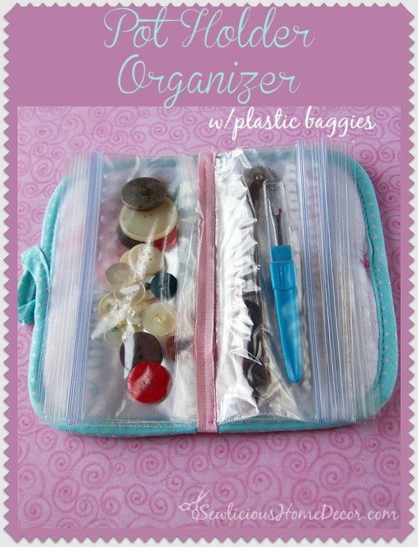 Pot Holder Organizer with plastic baggies at sewlicioushomedecor.com