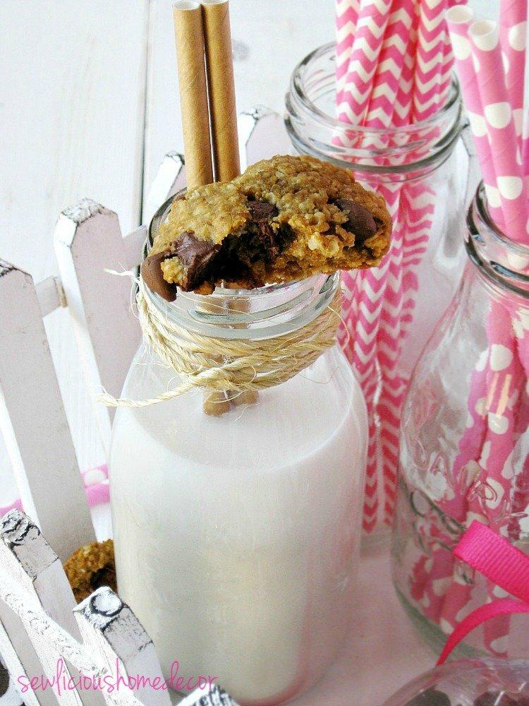 Flourless Cherry Chocolate Chip Peanut Butter Oatmeal Cookies sewlicioushomedecor.com.jpg
