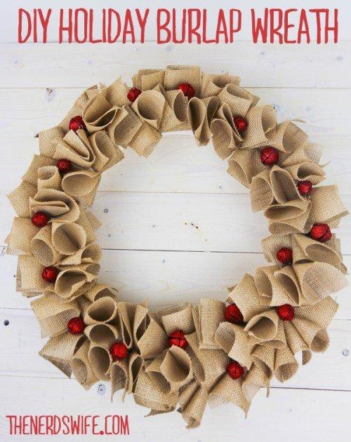 Holiday-Burlap-Wreath-500x630