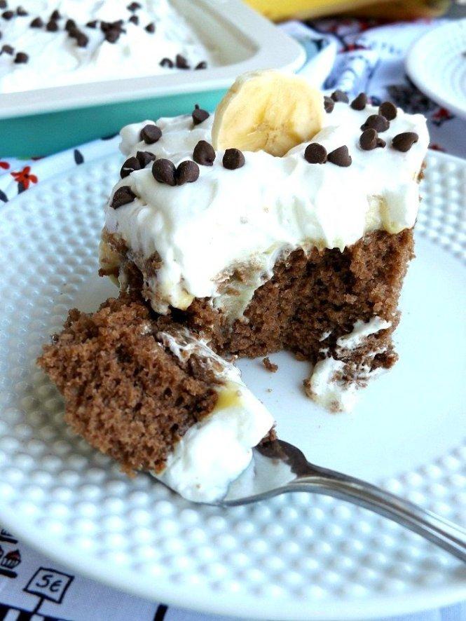 Banana Pudding Chocolate Poke Cake. Creamy and delicious. sewlicioushomedecor.com