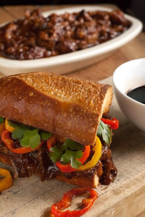 balsamic-bbq-pulled-pork-sandwich-1