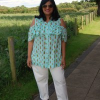 Simplicity 8341: DIY Pineapple Print Cold Shoulder Ruffle Front Button Up Shirt