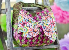 Here's a unique looking tote bag with a stand-out bow on the front.