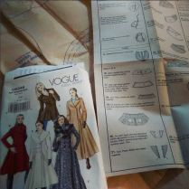 Day 17: planning. I sit down with the pattern and read through it once, especially for complicated ones like this coat. I usually play with the fabric a lot but often make changes to my fabric choice based on the pattern instructions. I do some planning on my blog but most is in my head and sitting down with pattern and fabric to make sure it works. #bpsewvember