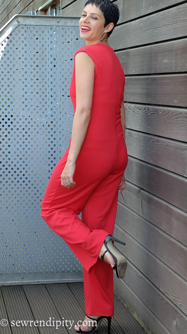 M7444 Red Knit (2017) #14.jpg