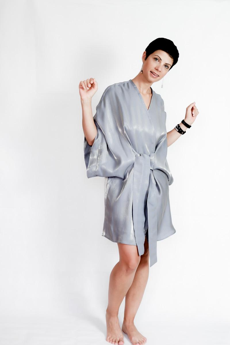 Seamwork-Almada-Summer-Kimono-Blue-Grey-metallic-thread-cotton