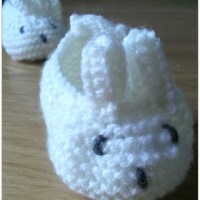 Knitted Bunny Baby Booties!