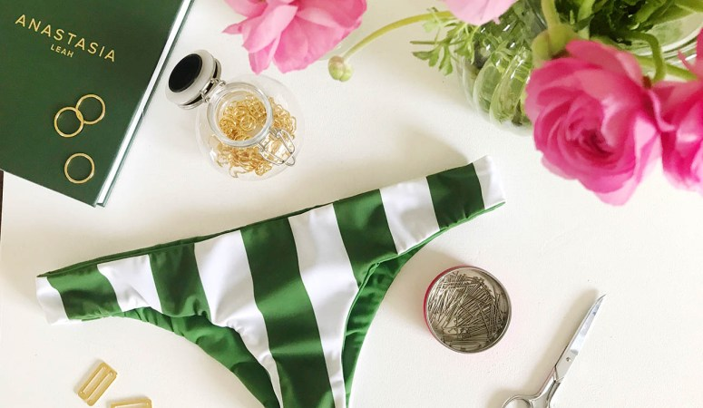 How to sew seamless/ reversible swimwear bottoms