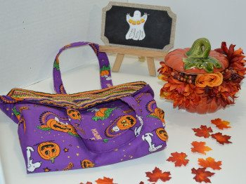 Easy to Sew Reversible Halloween Tote
