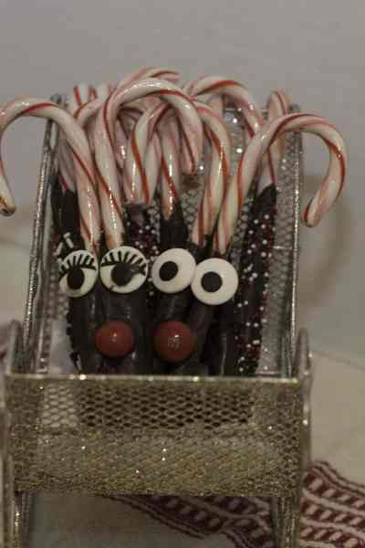 Chocolate Dipped Candy Canes