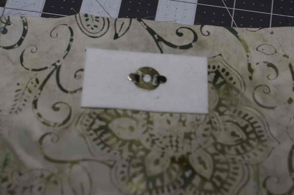 Insert Magnetic Snap, Bumalong Bag Tutorial