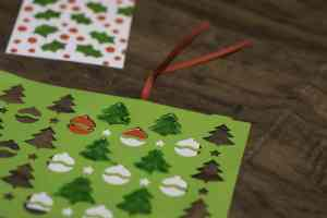 Coloring in Stencil on Tag - Super SImple Christmas Gift Tags to Make