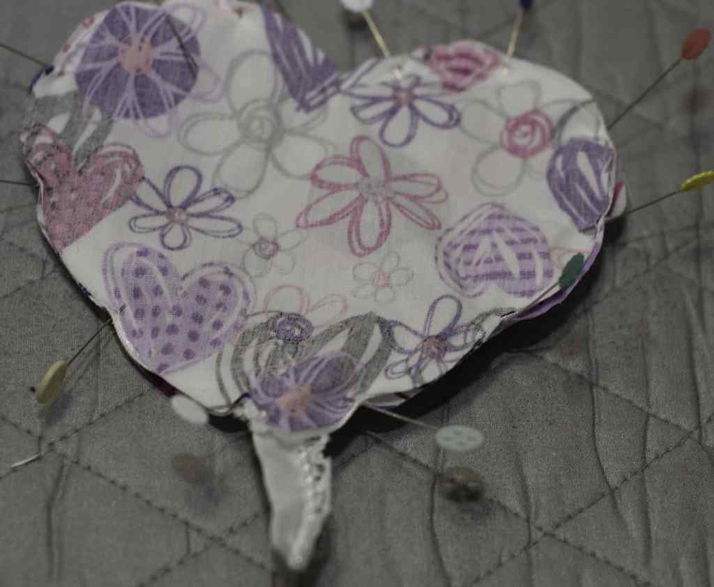 Pin Right Sides Together with Lace in Between for DIY Heart Sachets, DIY Heart Sachet