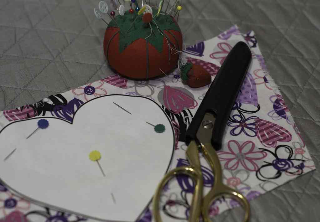 Pin Pattern to Fabric for DIY Heart Sachets, DIY Heart Sachet