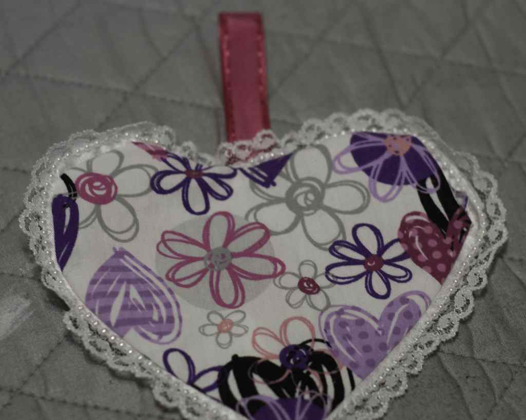 Turn Right side Out for DIY Heart Sachets, DIY Heart Sachet