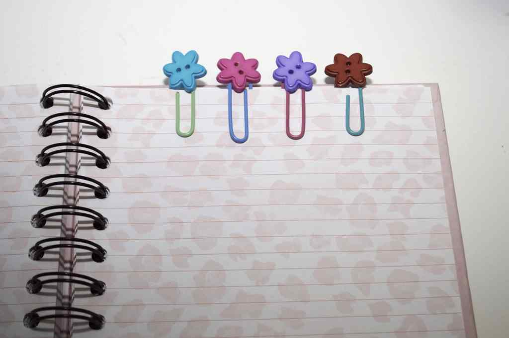 Button Paperclips, Springtime Button Bonanza
