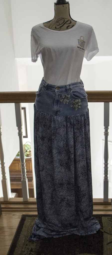 Jeans-Skirt-450x1024 Create New Looks From Old Jeans