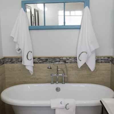 Hang your newly Apppliqued towels, DIY Appliqued towels